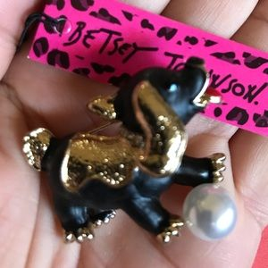 BETSEY JOHNSON~ Playful Puppy Pin